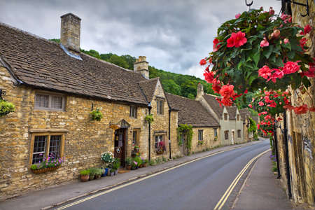 far off: Cottages in Castle Combe, Cotswolds, UK