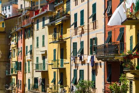 Colorful buildings in Riomaggiore, Cinque Terre, Italy Standard-Bild
