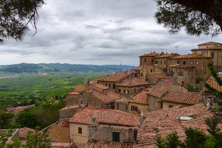 val dorcia: Volterra and view over Val dOrcia, Tuscany, Italy Stock Photo