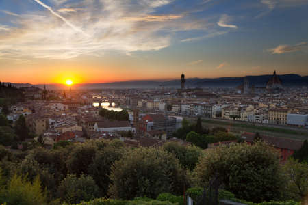ponte vecchio: Florence, Arno River and Ponte Vecchio just before sunset, Italy Stock Photo