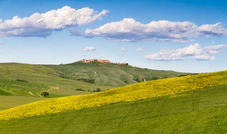 rappi: Tuscany landscape between Siena and Asciano, Crete Senesi, Italy