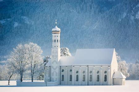 neuschwanstein: St. Coloman at wintertime, Allgäu, Germany Stock Photo