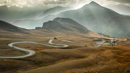 Serpentine road at Passo Giau, Dolomites, Italy Standard-Bild