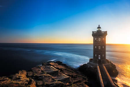 Kermorvan Lighthouse before sunset, Brittany, France 스톡 콘텐츠