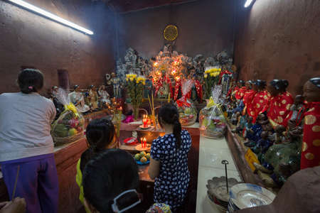 jade buddha temple: SAIGON, VIETNAM - JANUARY 27, 2014: Altar in Emperor Jade