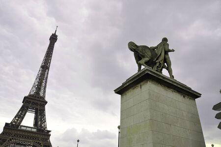 Eiffel Tower and  Napoleon s talk in Paris  Zdjęcie Seryjne