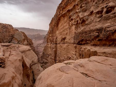 Wide angle view of the high desert landscape in Jordan Stok Fotoğraf