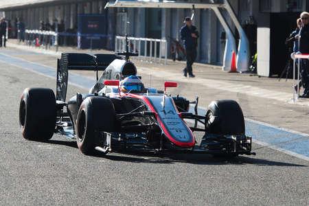 jerez de la frontera: JEREZ DE LA FRONTERA, SPAIN - FEBRUARY 01: Fernando Alonso, pilot of the team McLaren-Honda in test Formula 1 in Circuito de Jerez on feb 01, 2015 in Jerez de la frontera. Editorial