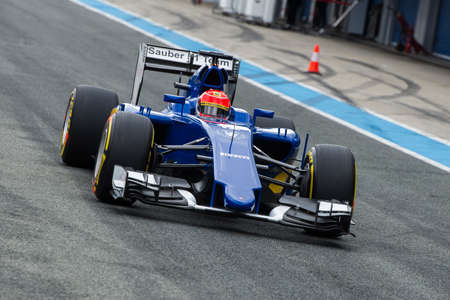 jerez de la frontera: JEREZ DE LA FRONTERA, SPAIN - FEBRUARY 03: Felipe Nasr, pilot of the team  Sauber, in test Formula 1 in Circuito de Jerez on feb 03, 2015 in Jerez de la frontera.