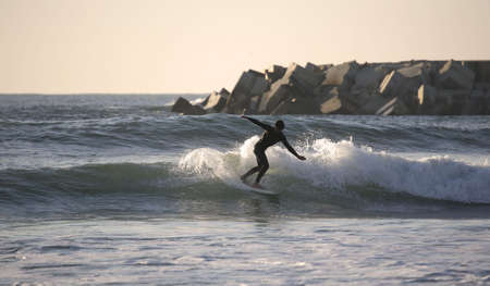 cutback: making a Forehand Cutback at sunset