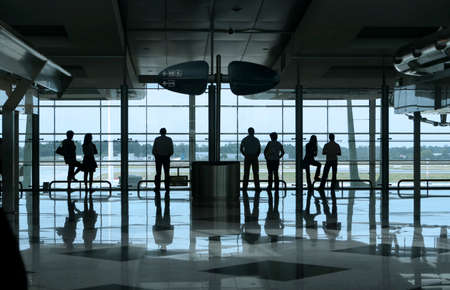 people waiting in the airport Editoriali