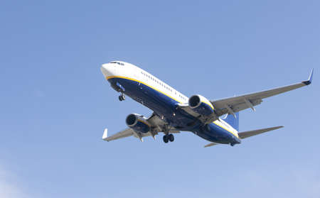 Boeing 737-8AS makes its landing approach to oporto airport photo