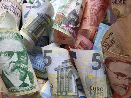 approach to Uruguayan banknotes and European money