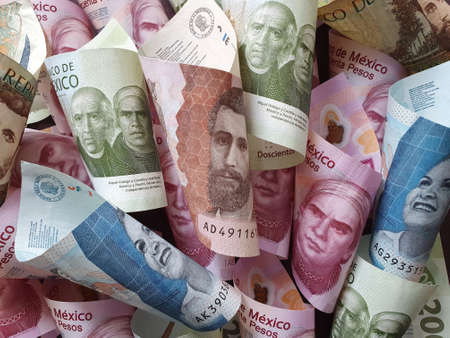 approach to colombian banknotes and mexican money