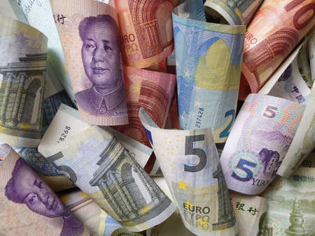 approach to chinese banknotes and european bills
