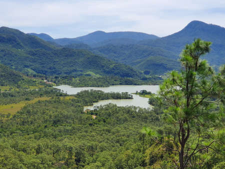 Mountainous area landscape with a natural lake in Guerrero, Mexico, during the summer season Stockfoto