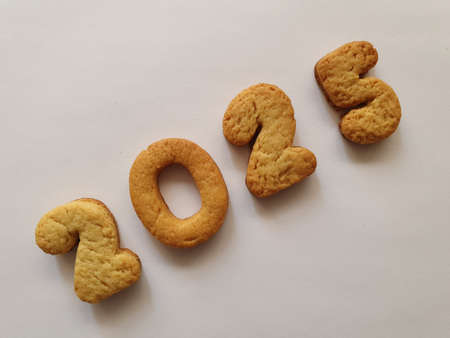 baked biscuit that form the number 2025, background for celebration and events Stockfoto