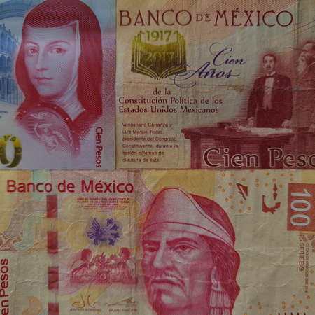 approach to mexican banknotes of 100 pesos, background and texture Foto de archivo