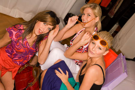 bed skirt: Portrait of three young women wearing sunglasses LANG_EVOIMAGES