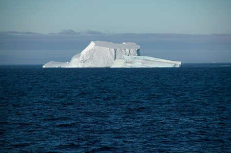 ful: Iceberg,Antarctica