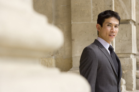 differential focus: Businessman, portrait (differential focus) LANG_EVOIMAGES