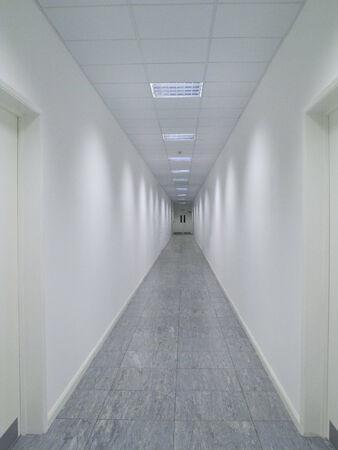 longshot: Empty,white corridor