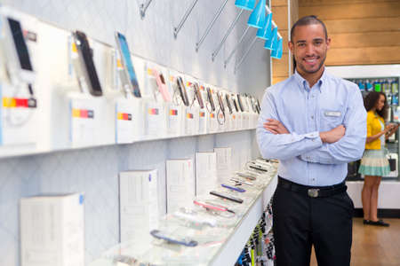 electronic communication: Store manager in phone shop