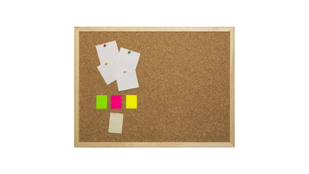 Cork bulletin board with wooden frame, pinned colored paper, isolated on white Foto de archivo - 108855129