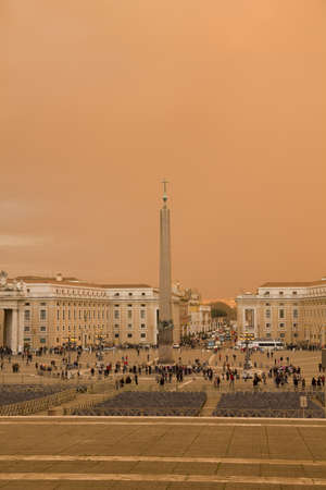st  peter's square: Dramatic sunset in St. Peters Square, Vatican.. St. Peters Square, Vatican City, from the Basílca.