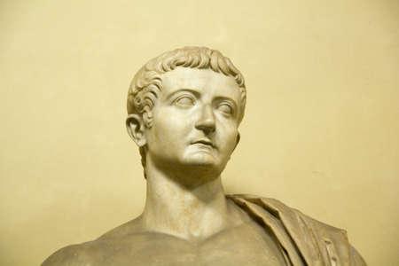 Statua di Tiberio. II secolo D.C.. Imperatore romano dal 14 D.C. al 37 D.C. Archivio Fotografico - 9406090