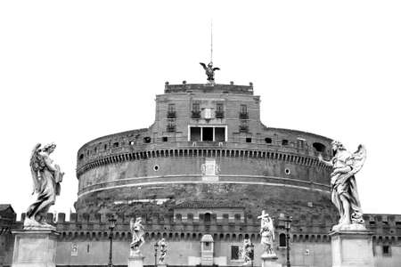spqr: Castel Sant Angelo. Roma, Italia. Fotograf�a blanco y negro.