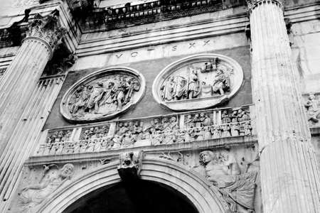 constantine: The arch of Constantine, near to Coliseum  Monochrome photography