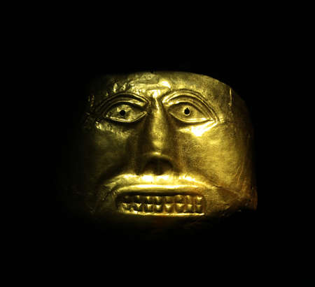 pre columbian: Golden mask in the Gold Museum, Bogota, Colombia  Tolima culture, Pre-Columbian America