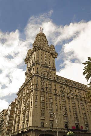 palacio: The Palacio Salvo, Montevideo, Uruguay