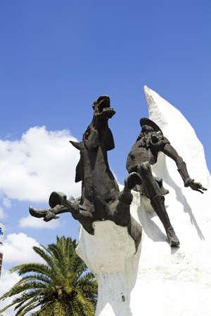 don quixote: Statue of Don Quixote de la Mancha and Rocinante, of Miguel de Cervantes, on Avenida 9 de Julio in Buenos Aires, Argentina