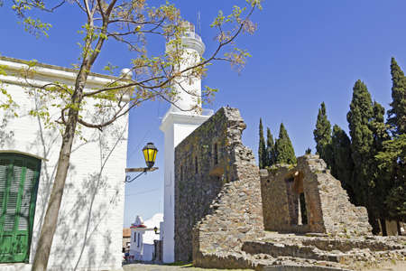 colonia del sacramento: Old street and Lighthouse  The small town of Colonia del Sacramento, Uruguay, is one of the top tourist destinations for residents of Buenos Aires   Argentine and Uruguayan general