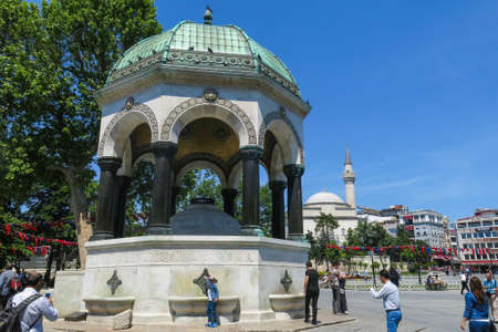 mesi: ISTANBUL, TURKEY - MAY 20, 2016: Istanbul, German Fountain or Alman Çeşmesi in Sultán Ahmed Park. More than 32 million tourists visit Turkey each year.