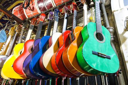 kapalicarsi: colorful guitars on the Istanbul Grand Bazaar.  Istambul, Turkey Stock Photo