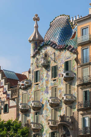 decorative balcony: BARCELONA, SPAIN - MAY 27, 2017: The Casa Batllo (casa is home in Spanish) is a building designed by the architect Antoni Gaudi, leader of the Catalan Modernism. It was constructed between 1904-1906.