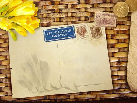 malacca: Vintage con sfondo bianco e fiori cartolina