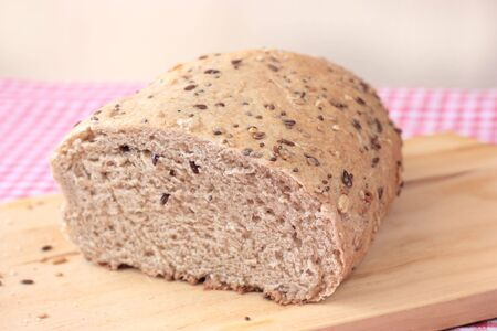 Organic wholemeal bread with seeds
