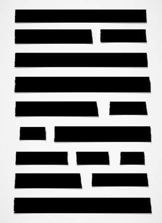 sticky tape: Conjunto de tama�o negro de cinta horizontal y diferente pegajosa, piezas adhesivas, papel rasgado en el fondo blanco.