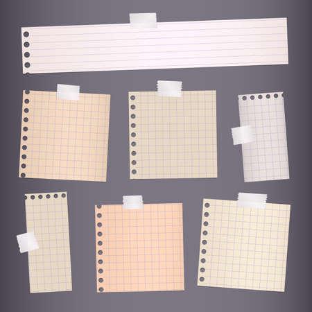 Des morceaux de brun rayé, papier de note au carré sont coincés sur fond gris foncé. Vecteurs