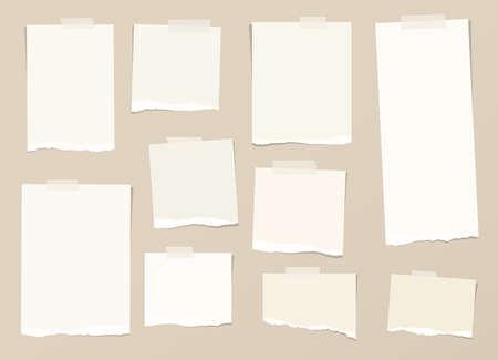 Trozos de papel rasgado nota de color marrón claro con el pegamento, cinta adhesiva están atrapados en el fondo. Ilustración de vector