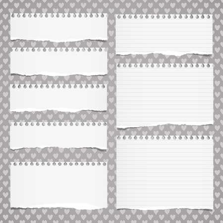 Zerrissenes Weiß entschieden Notebook, Hinweis Papier auf Muster stecken von Herzformen geschaffen. Standard-Bild - 66900418