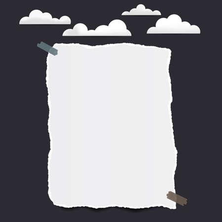 Nota in bianco bianca strappata, foglio di carta del taccuino per testo o messaggio bloccato con nastro adesivo su fondo nero con le nuvole Archivio Fotografico - 93863757