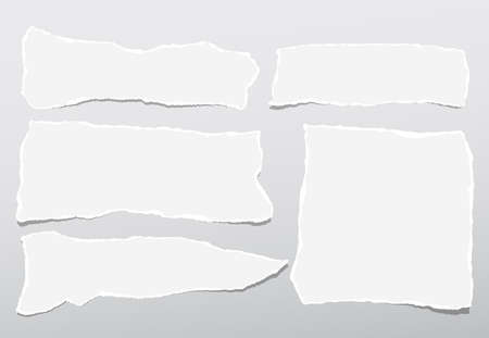 Torn white note, notebook paper strips stuck on gray gradient background. Ilustração