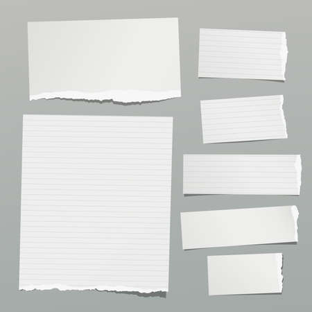 Ensemble de notes déchirées, de feuilles de papier ligné et vierge, de bandes collées sur fond gris. Illustration vectorielle