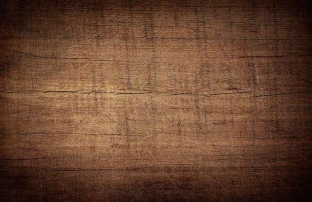 Dark scratched grunge cutting board. Wooden texture. Stockfoto