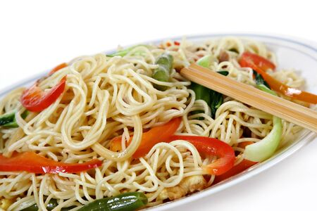 vegetable stir fry noodles, traditional chinese dish